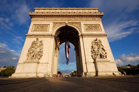 Arc_de_Triomphe_(Place_Charles_de_Gaulle,_Paris).jpg