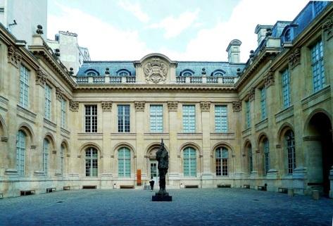 P1020669_Paris_III_Hôtel_de_Saint-Aignan_Musée_d'art_et_d'histoire_du_judaisme_rwk.JPG
